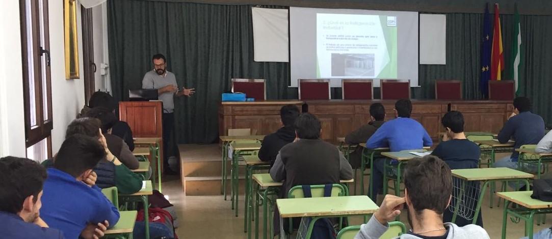 Sesión sobre refrigeración industrial para los alumnos de 1º y 2º del grado superior de PMR