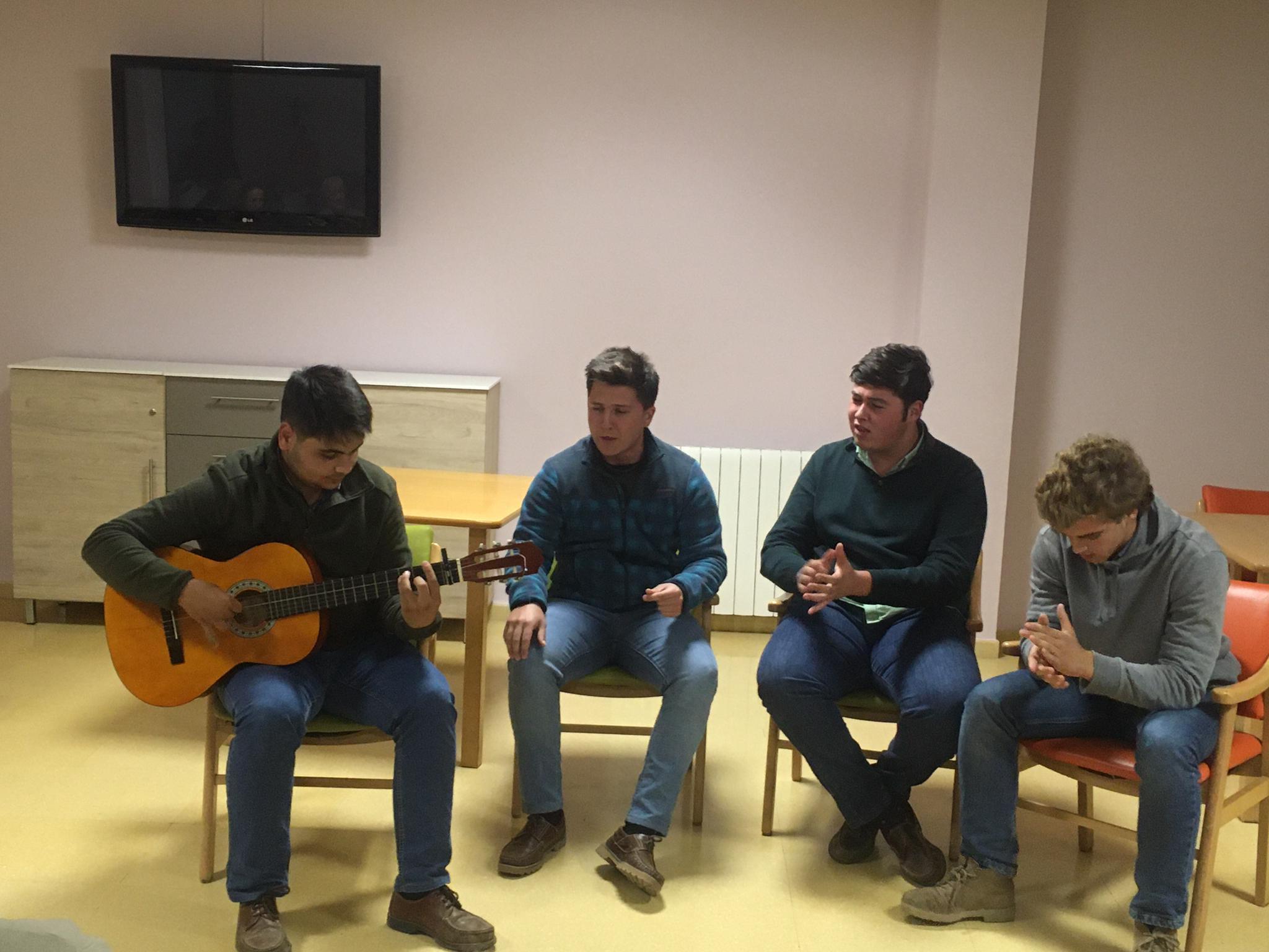 Torrealba solidario con ritmo flamenco